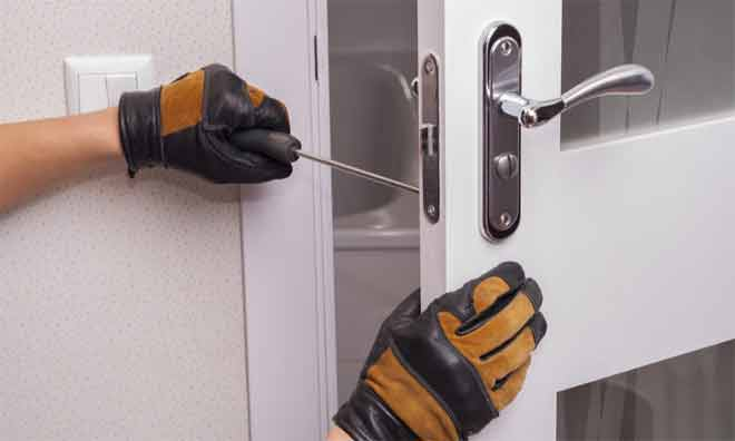 How to Pick a Best Commercial Door Lock