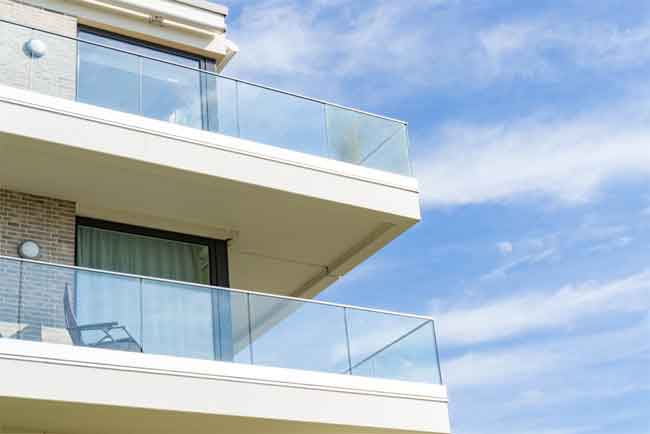 How do You Keep Glass Railings Clean?
